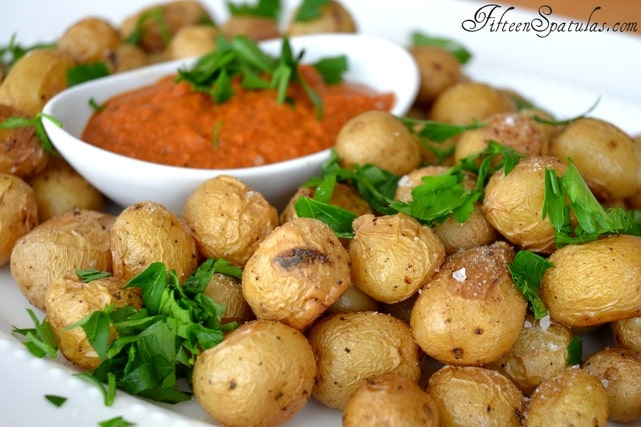 Roasted Baby Potatoes with Romesco Dip – Fifteen Spatulas